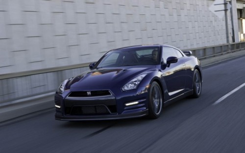 2012 Nissan GT-R image